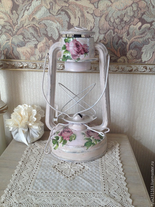 """Освещение ручной работы. Ярмарка Мастеров - ручная работа. Купить Лампа керосиновая """"Розы шебби"""". Handmade. Лампа настольная, розы"""