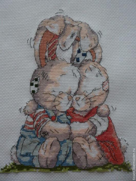 Животные ручной работы. Ярмарка Мастеров - ручная работа. Купить Вышитые объятия. Handmade. Комбинированный, любовь, объятия, подарок