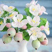 Цветы и флористика ручной работы. Ярмарка Мастеров - ручная работа Цветущая яблоня (Яблоневый цвет) с яблочками. Handmade.