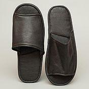 Обувь ручной работы. Ярмарка Мастеров - ручная работа Кожаные тапочки «Люди в черном». Handmade.