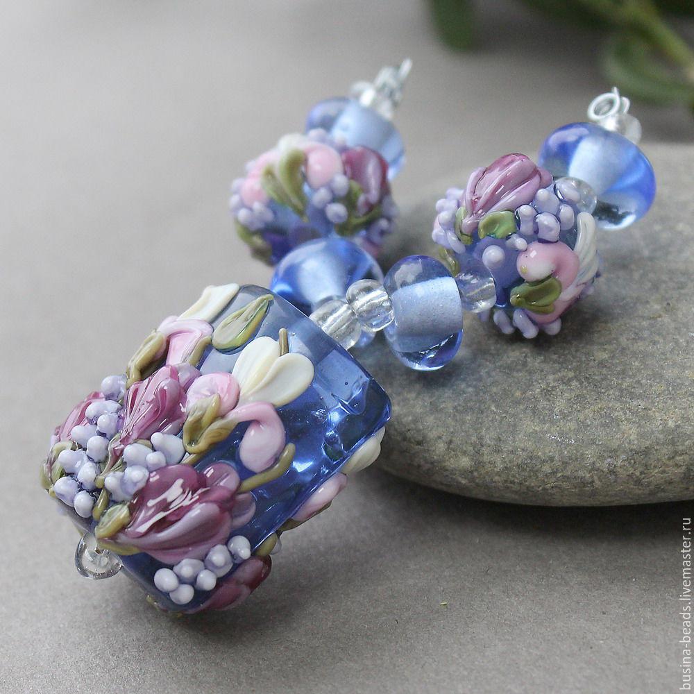 Удивительный по своей красоте и мастерскому исполнению набор бусин лэмпворк Из этого набора прекрасно можно сделать пару сережек и великолепный кулон