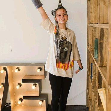 Одежда ручной работы. Ярмарка Мастеров - ручная работа Трикотажная футболка с авторской росписью Пришелец Гарри Поттер. Handmade.