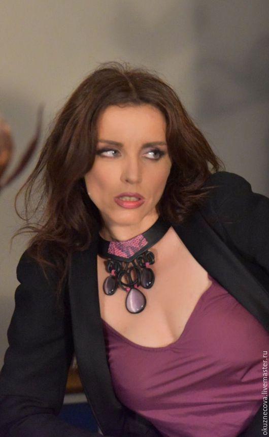 Ожерелье, кожаное ожерелье, ожерелье из кожи, ожерелье на заказ, шикарное ожерелье, модное ожерелье, женское ожерелье, ожерелье из камней, ожерелье с камнями.