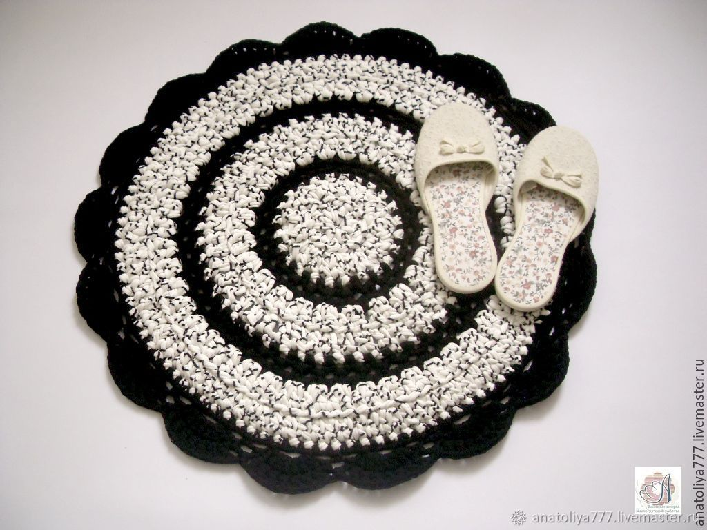 Mat knitted from knitted cotton yarn black and white, Carpets, Kabardinka,  Фото №1