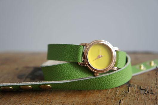 Зеленый цвет, желтый цвет, листья, натуральная кожа.