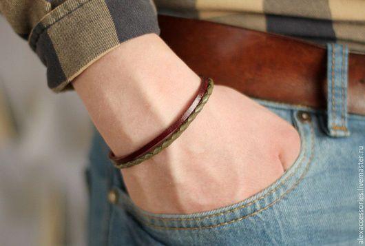"""Браслеты ручной работы. Ярмарка Мастеров - ручная работа. Купить Мужской кожаный браслет """"Хаки"""". Handmade. Браслет, купить браслет"""