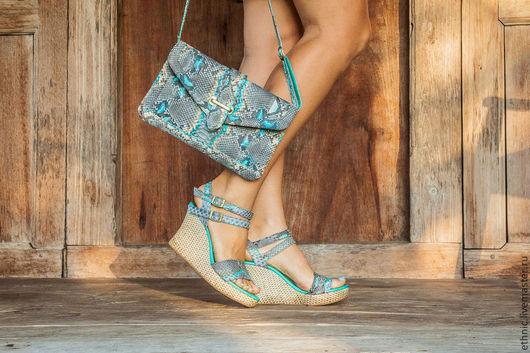 Обувь ручной работы. Ярмарка Мастеров - ручная работа. Купить Боножки из натуральной кожи питона Odri. Handmade. Бирюзовый, босоножки