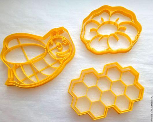 Кухня ручной работы. Ярмарка Мастеров - ручная работа. Купить Пчела, цветок и соты - вырубка для печенья, пряников, мастики. Handmade.