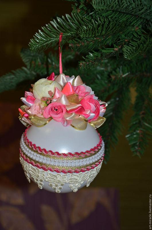 Елочный шар `Розочка`