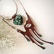 Украшения ручной работы. Ярмарка Мастеров - ручная работа Колье из кожи Малахитовая капель. Handmade.