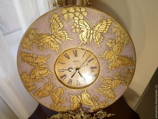 Часы для дома ручной работы. Ярмарка Мастеров - ручная работа. Купить Настенные часы Бабочки в сиреневой дымке. Handmade. Сиреневый