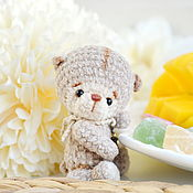 Куклы и игрушки handmade. Livemaster - original item Knitted mini bear toy in the palm of your hand. Handmade.