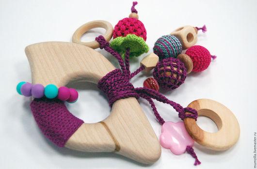Деревянный прорезыватель - это с одной стороны полезный и экологичный аксессуар, а с другой - первая развивающая игрушка малыша. Грызунок может стать отличным подарком для молодой мамы и ребенка :)