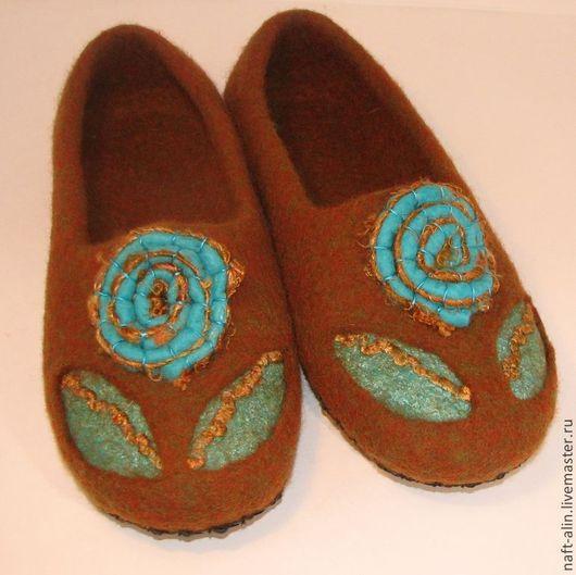 Обувь ручной работы. Ярмарка Мастеров - ручная работа. Купить Валяные женские тапочки. Handmade. Валяные тапочки, женские тапочки