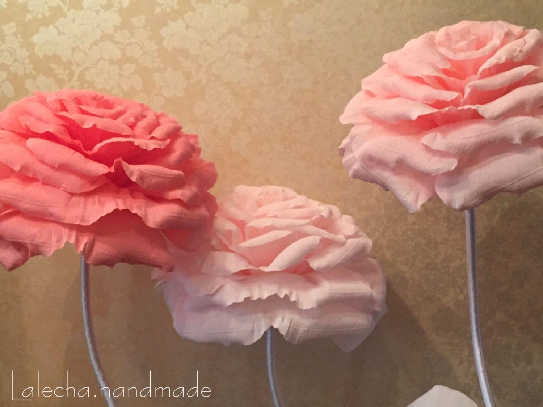 Большие цветы из гофрированной бумаги; пошаговый мастер-класс 37