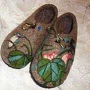 """Обувь ручной работы. Ярмарка Мастеров - ручная работа Тапочки войлочные """"Лотосы и птичка"""". Handmade."""