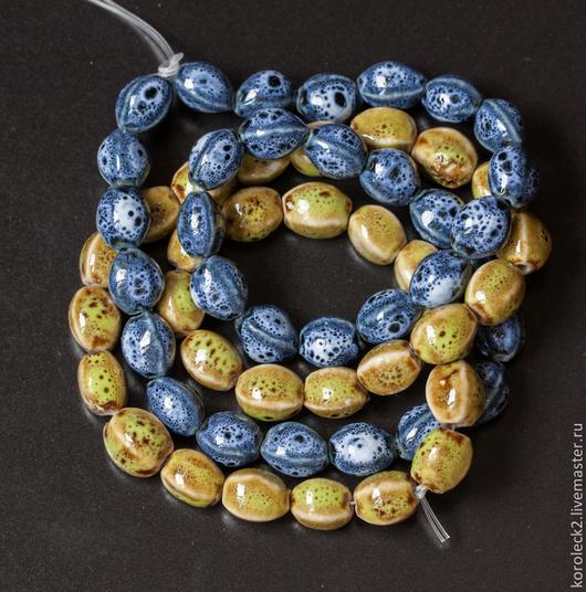 Для украшений ручной работы. Ярмарка Мастеров - ручная работа. Купить Фарфоровые синие и лаймово-зеленые продолговатые бусины, 12 мм. Handmade.