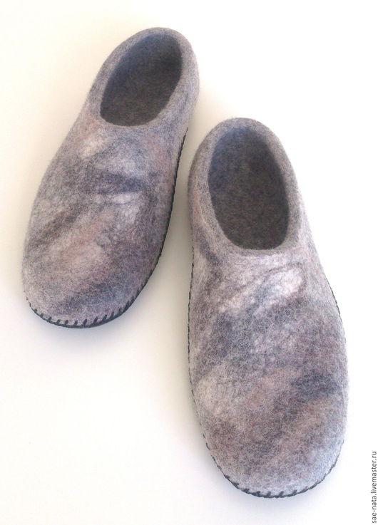 Обувь ручной работы. Ярмарка Мастеров - ручная работа. Купить Тапки валяные мужские. Handmade. Тапки валяные, домашняя обувь