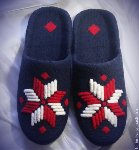 Обувь ручной работы. Ярмарка Мастеров - ручная работа. Купить Мужские тапочки с белорусским орнаментом.. Handmade. Тёмно-синий, кардочёс