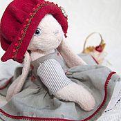 Куклы и игрушки ручной работы. Ярмарка Мастеров - ручная работа Зайка Красная Шапочка. Handmade.