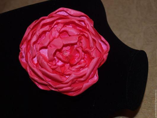 Броши ручной работы. Ярмарка Мастеров - ручная работа. Купить атласная брошь ярко-розовая. Handmade. Розовый, ярко-розовый
