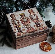 """Подарки к праздникам ручной работы. Ярмарка Мастеров - ручная работа Короб для хранения """"Щелкунчики"""". Handmade."""