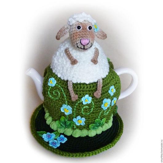 """Кухня ручной работы. Ярмарка Мастеров - ручная работа. Купить Грелка на чайник """"Овечка на полянке"""". Handmade. Грелка на чайник"""