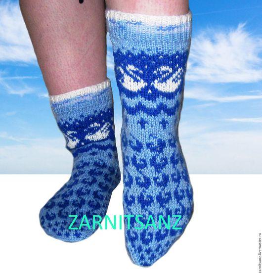 """Носки, Чулки ручной работы. Ярмарка Мастеров - ручная работа. Купить носки женские """"Белые лебеди"""" в подарок на 8 марта. Handmade."""