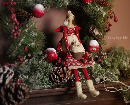 """Куклы Тильды ручной работы. Ярмарка Мастеров - ручная работа. Купить Тильда-фея """"Рождественский капкейк"""". Handmade. Бордовый"""