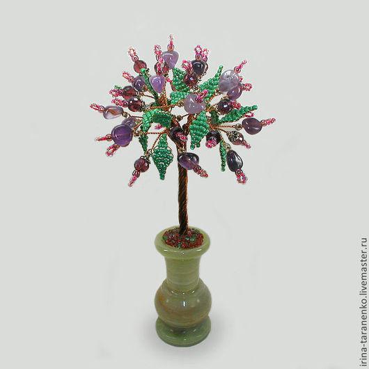 """Дерево """"Шезметет"""" из аметиста и раухтопаза в вазочке из оникса"""
