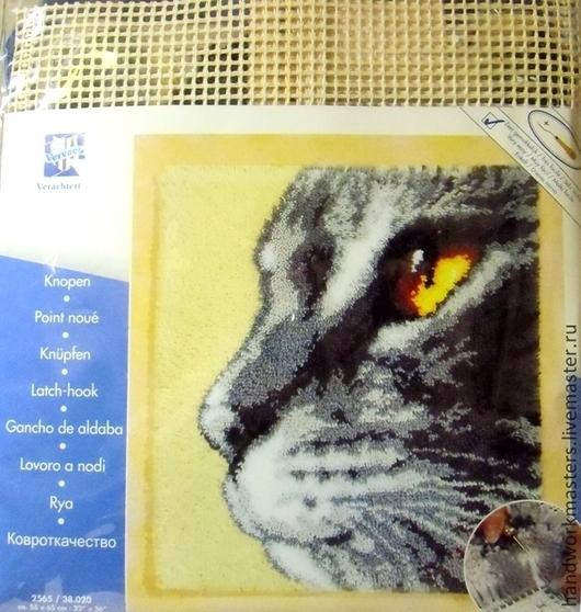 """Набор вышивки в ковровой технике """"Кошачий взгляд""""  55см/65см. Производитель Vervaco (Бельгия)"""