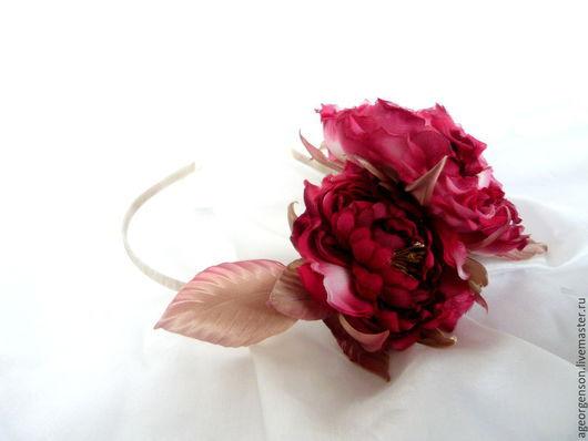 """Цветы ручной работы. Ярмарка Мастеров - ручная работа. Купить Ободок с пионовидными розами """"Джульетта"""". Handmade. Фуксия, ободок с цветами"""