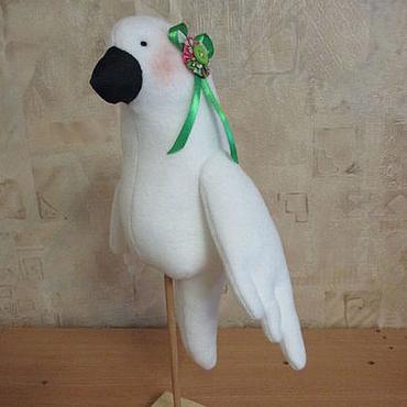 Куклы и игрушки ручной работы. Ярмарка Мастеров - ручная работа Интерьерная игрушка  -  Белый попугай Какаду. Handmade.