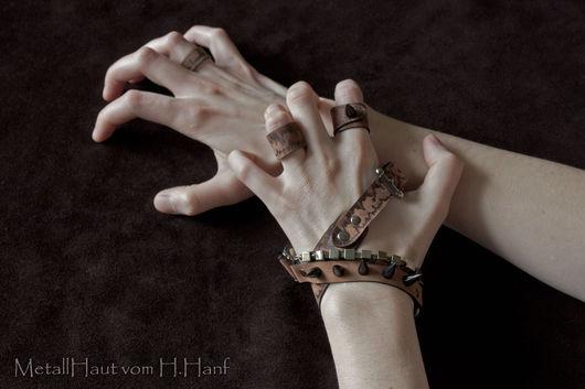 Браслеты ручной работы. Браслет-намотка и кольца «Der Bergkonig». Hell Hanf. Ярмарка Мастеров