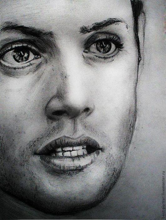портрет графика, выполнен карандашом на бумаге.
