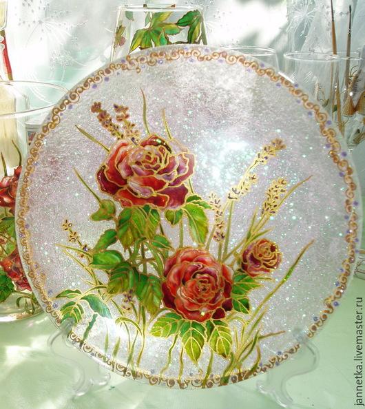 """Декоративная посуда ручной работы. Ярмарка Мастеров - ручная работа. Купить Декоративная тарелка""""Розы"""". Handmade. Тарелка сувенирная, подарок"""