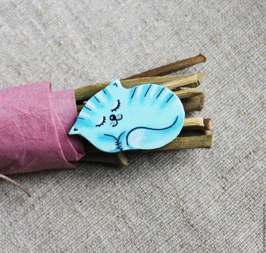 Броши ручной работы. Ярмарка Мастеров - ручная работа. Купить Брошь Спящий котёнок. Handmade. Голубой, коты, домашние животные