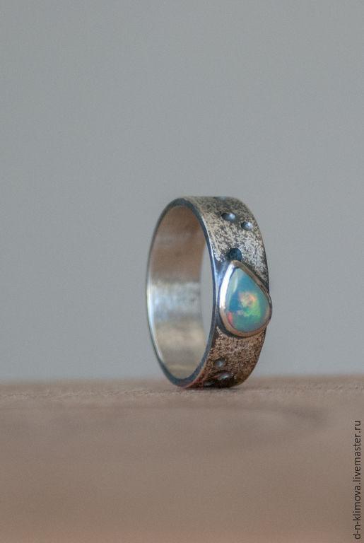 """Кольца ручной работы. Ярмарка Мастеров - ручная работа. Купить кольцо """"Комета"""",  эфиопский опал, серебро. Handmade. Серебряный, космос"""