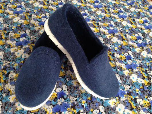 """Обувь ручной работы. Ярмарка Мастеров - ручная работа. Купить Мокасины валяные """"Синий туман"""". Handmade. Мокасины женские"""