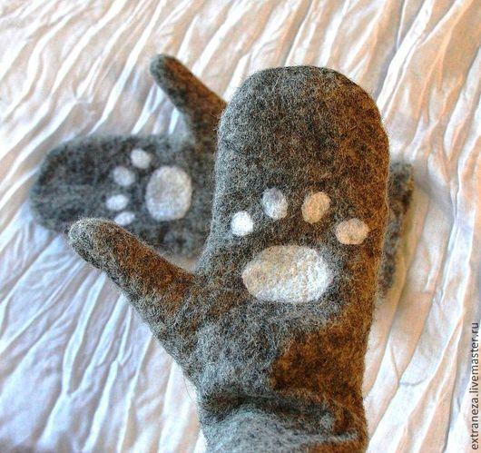 """Варежки, митенки, перчатки ручной работы. Ярмарка Мастеров - ручная работа. Купить Варежки """"Лапули"""". Handmade. Серый, кошка, котэ"""
