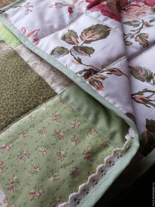Текстиль, ковры ручной работы. Ярмарка Мастеров - ручная работа. Купить Лоскутное одеяло. Handmade. Салатовый, нежно-розовый, натуральный