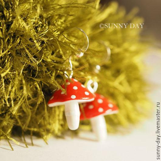 """Серьги ручной работы. Ярмарка Мастеров - ручная работа. Купить Серьги """"Мухоморы"""". Handmade. Ярко-красный, грибы гриб мухомор"""