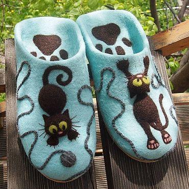 """Обувь ручной работы. Ярмарка Мастеров - ручная работа Тапочки: Валяные тапочки """" Без кота и жизнь не та"""". Handmade."""