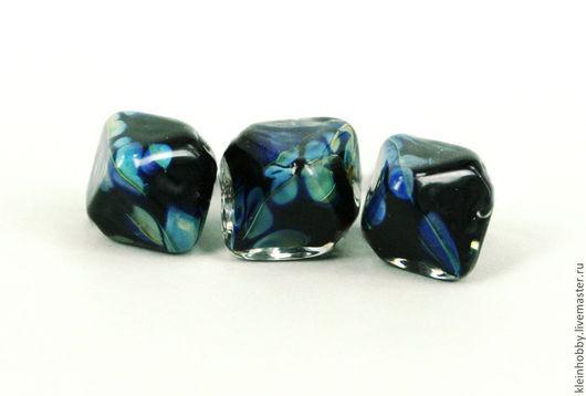 """Для украшений ручной работы. Ярмарка Мастеров - ручная работа. Купить Бусины """"Кристаллы крапчатые сине-черные"""". Handmade. лемпворк"""