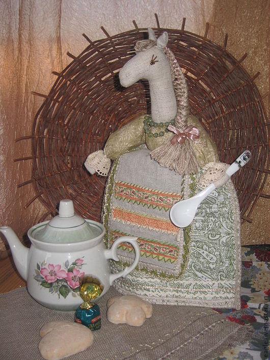 """Кухня ручной работы. Ярмарка Мастеров - ручная работа. Купить Грелка на чайник """"Лошадка"""". Handmade. Лошадка, конь, подарок женщине"""