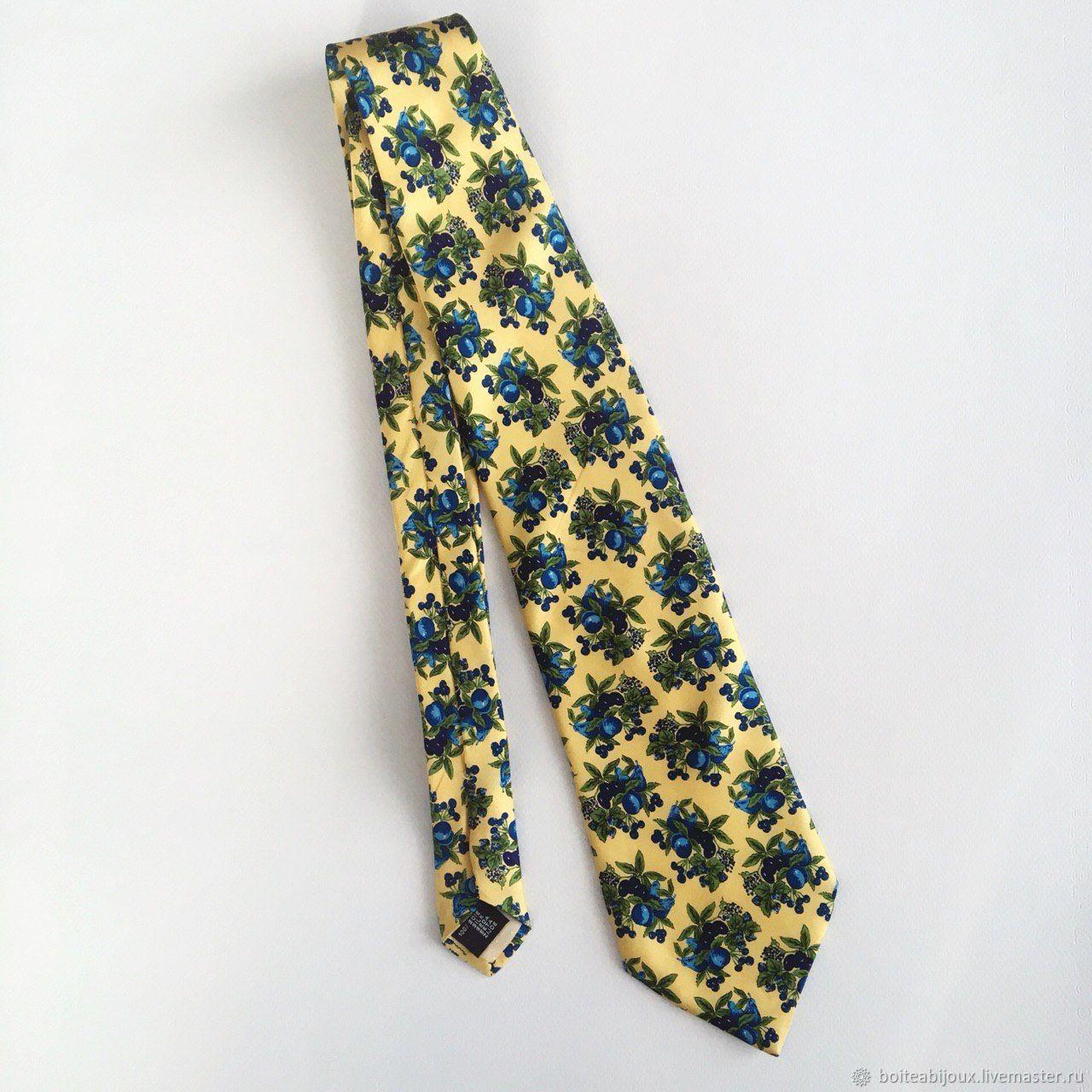 Галстуки, бабочки ручной работы. Ярмарка Мастеров - ручная работа. Купить Шелковый галстук Сливы, Devred, Франция. Handmade. Галстук