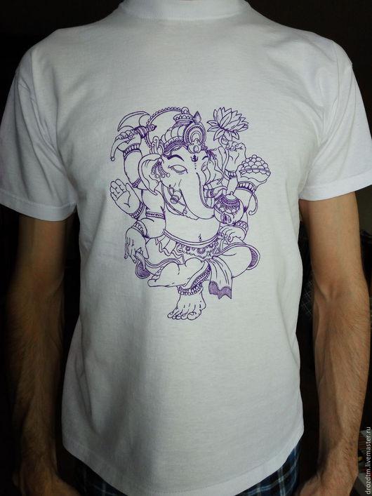 """Для мужчин, ручной работы. Ярмарка Мастеров - ручная работа. Купить Футболка ручной росписи """"Ганеша"""". Handmade. Белый, футболка"""