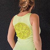 Одежда ручной работы. Ярмарка Мастеров - ручная работа Салатовая майка с ажурной аппликацией на спине Размер M. Handmade.