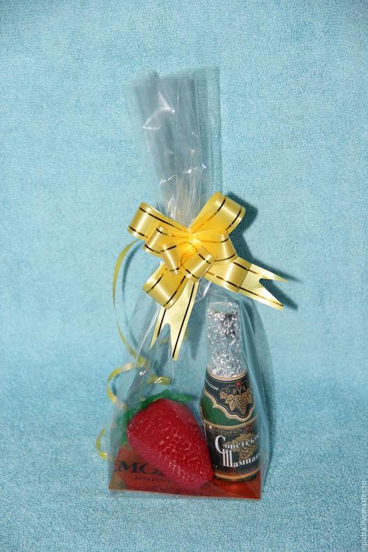 Персональные подарки ручной работы. Ярмарка Мастеров - ручная работа. Купить набор щампанское и клубника. Handmade. Ярко-красный, шампанское