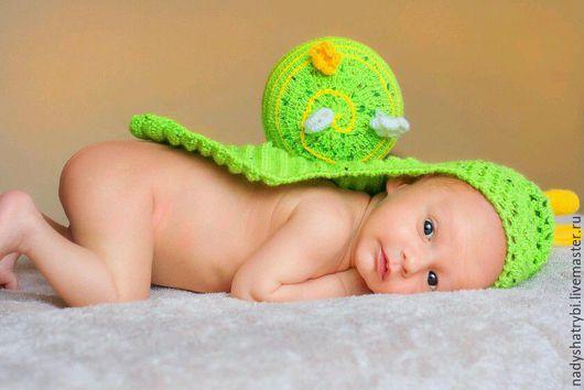"""Аксессуары для фотосессий ручной работы. Ярмарка Мастеров - ручная работа. Купить Вязаный костюм для фотосессии новорожденного """"Улитка"""". Handmade. Зеленый"""